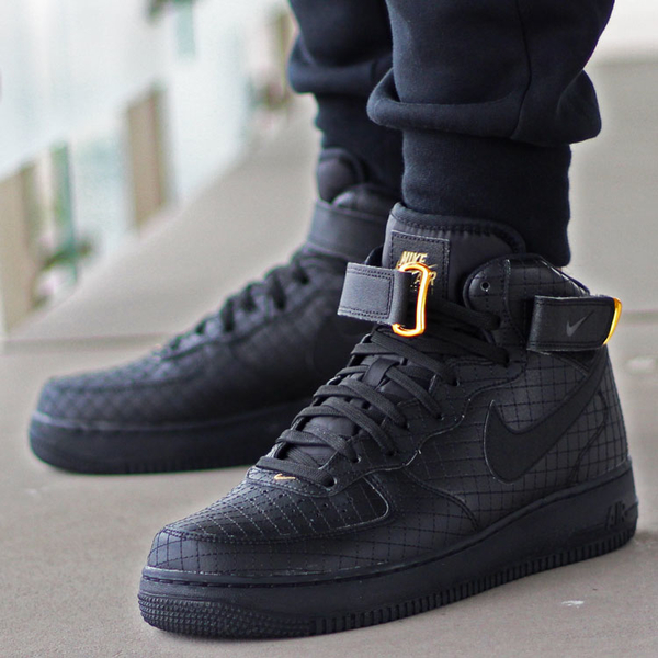 Nike Air Force 1 Mid 07 Lv8