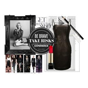 Zestaw z  1 październik 2012, składający się m.in. z Produkt do pielęgnacji Douglas, Produkt do pielęgnacji Yves Rocher, Sukienka Ochnik.
