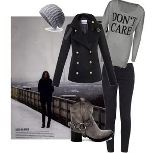 Zestaw z 15 listopad 2012, składający się m.in. z Yves Saint Laurent, Spodnie Monnari, Botki Venezia.