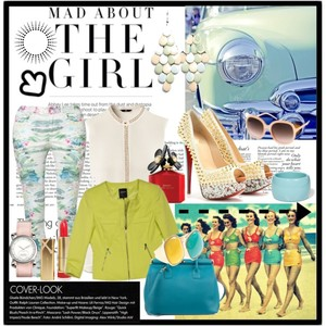 Zestaw z 23 luty 2013, składający się m.in. z Biżuteria Tally Weijl, Akcesoria Moschino, Produkt do pielęgnacji Max Factor.