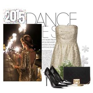 Zestaw z 31 grudzień 2014, składający się m.in. z Szpilki  Vices, Torebka miejska Victoria Delef, Sukienka Supertrash.
