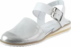 Sandały Korda