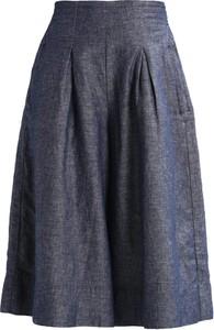 Spodnie And Less