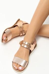 Sandały Born2be