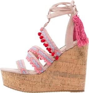 Sandały MTNG