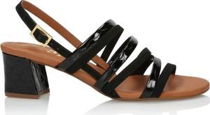 Sandały 3i