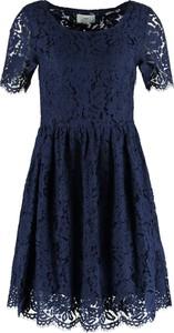 Sukienka Minimum