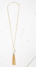Alice Jo Długi naszyjnik biały owalny wisior z łańcuszkami