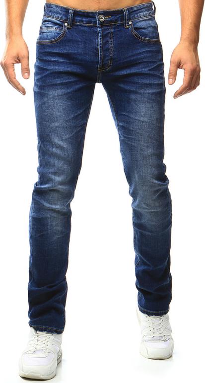 Białe jeansy dstreet w street stylu bez wzorów