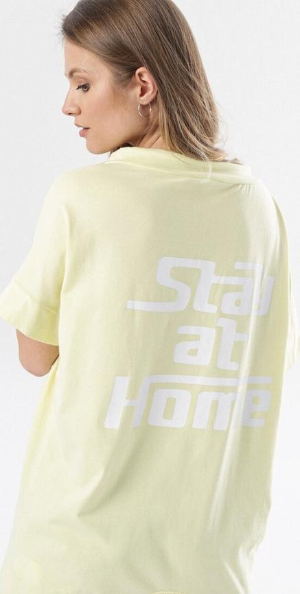 Bluza born2be w młodzieżowym stylu krótka
