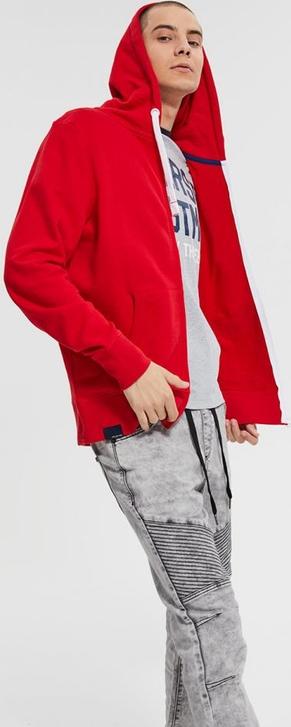 czerwona bluza diverse