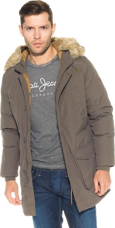 Brązowa kurtka Pepe Jeans w militarnym stylu
