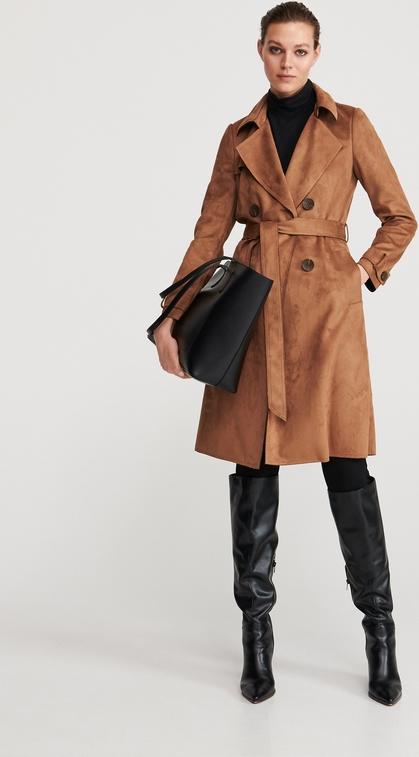 Brązowy płaszcz Reserved z zamszu w stylu casual