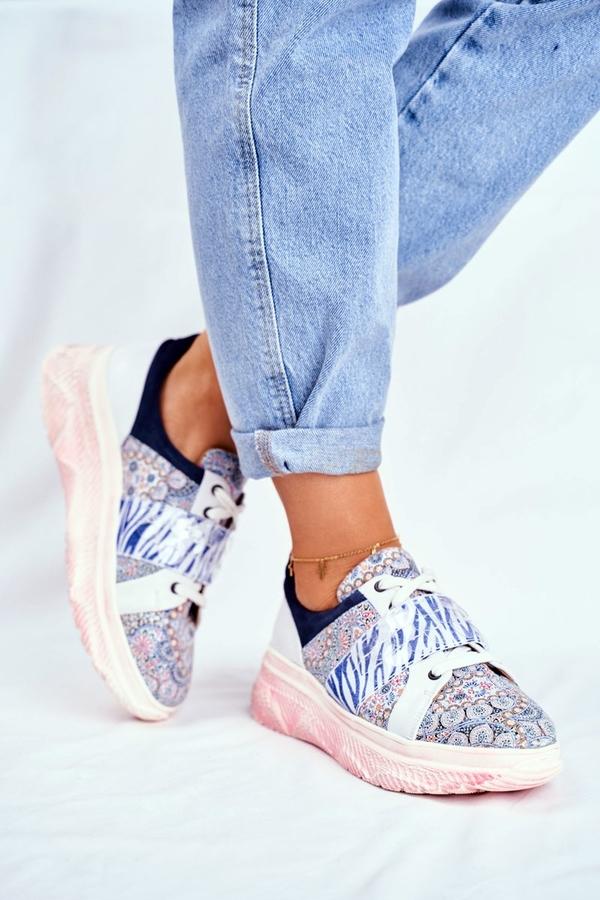 Buty sportowe Maciejka sznurowane z płaską podeszwą ze skóry
