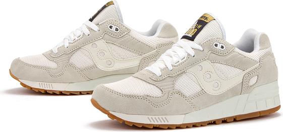 Buty sportowe Saucony sznurowane z zamszu z płaską podeszwą