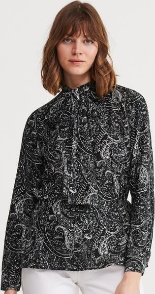 Czarna bluzka Reserved w stylu casual z długim rękawem