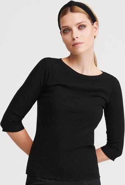 Czarna bluzka Reserved z dzianiny