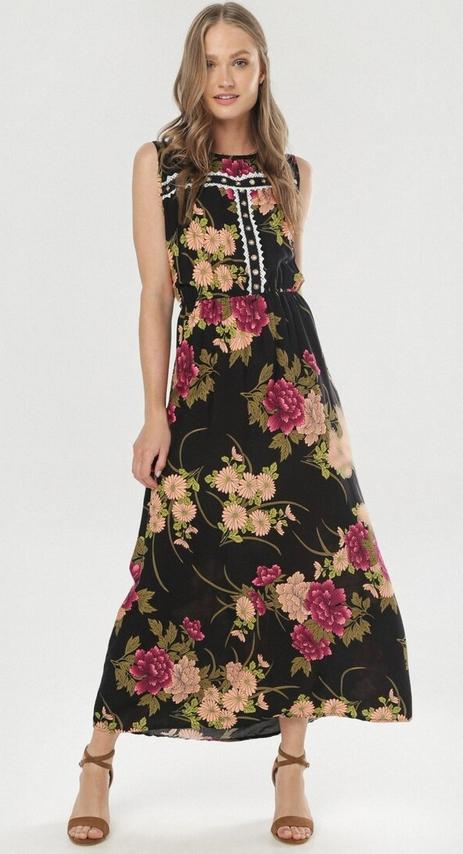 Czarna sukienka born2be w stylu boho maxi