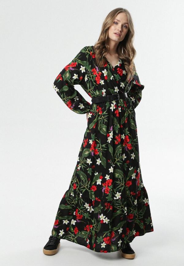 Czarna sukienka born2be z dekoltem w kształcie litery v maxi