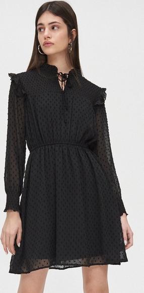 Czarna sukienka Cropp z szyfonu z długim rękawem