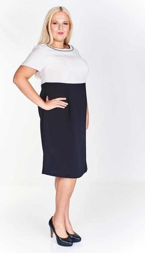 Czarna sukienka Fokus z krótkim rękawem z okrągłym dekoltem dla puszystych