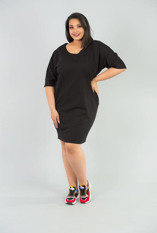 Czarna sukienka KARKO w sportowym stylu z długim rękawem