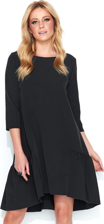Czarna sukienka Makadamia z okrągłym dekoltem z długim rękawem oversize