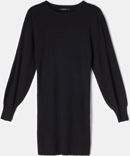 Czarna sukienka Mohito z długim rękawem