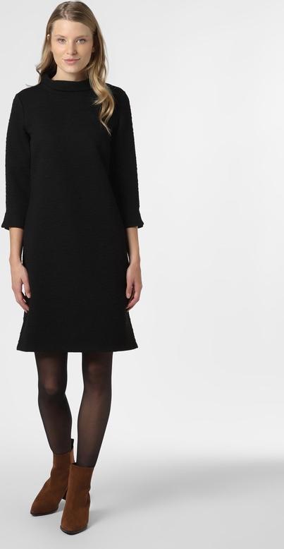 Czarna sukienka More & More z żakardu