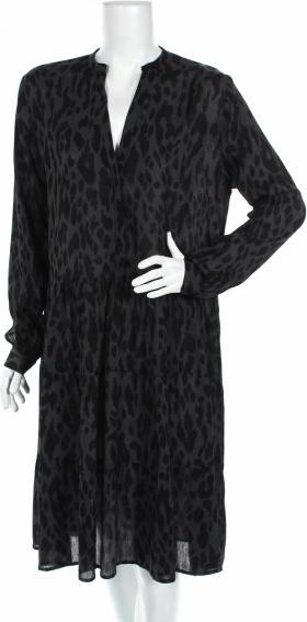 Czarna sukienka New Noir rozkloszowana z długim rękawem hiszpanka