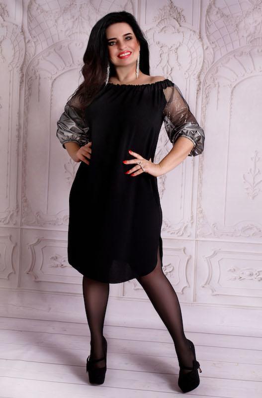 Czarna sukienka Oscar Fashion z długim rękawem