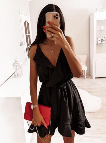 Czarna sukienka Pakuten z dekoltem w kształcie litery v mini
