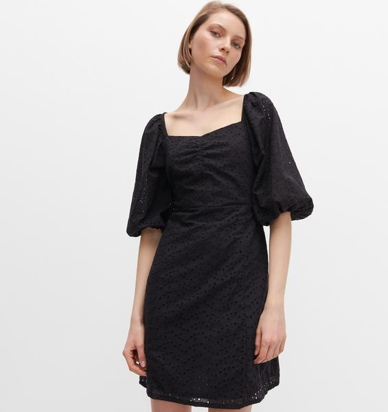 Czarna sukienka Reserved w stylu casual