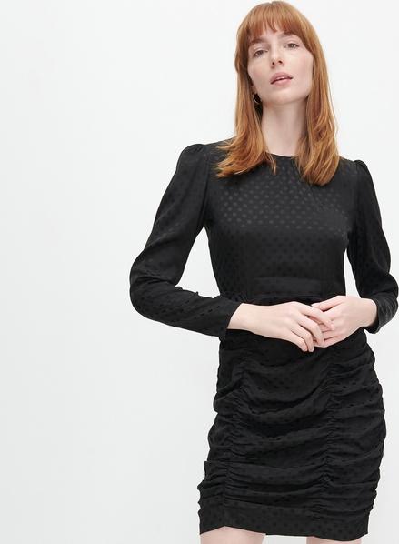 Czarna sukienka Reserved z długim rękawem mini