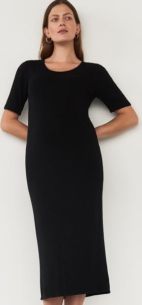 Czarna sukienka Reserved z krótkim rękawem z okrągłym dekoltem