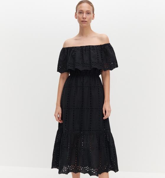 Czarna sukienka Reserved z odkrytymi ramionami z krótkim rękawem