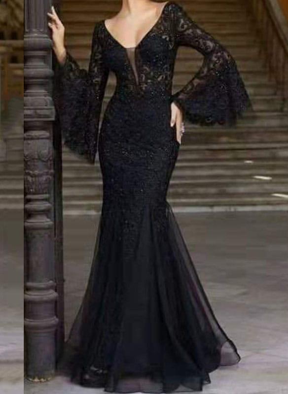 Czarna sukienka Sandbella z tiulu z długim rękawem