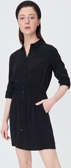 Czarna sukienka Sinsay z długim rękawem mini koszulowa
