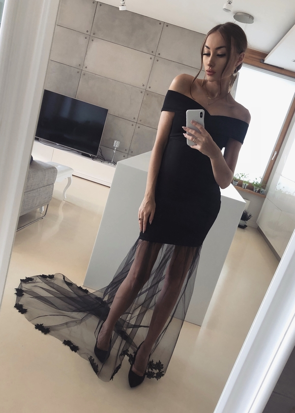 Czarna sukienka Tenezito.com.pl