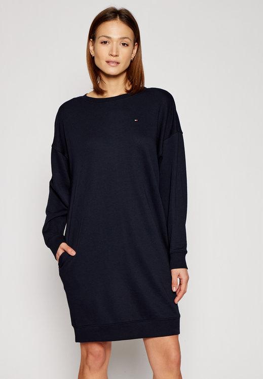 Czarna sukienka Tommy Hilfiger z okrągłym dekoltem oversize