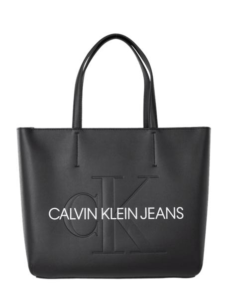 Czarna torebka Calvin Klein w wakacyjnym stylu duża