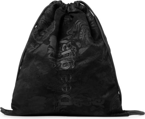 Czarna torebka Desigual w wakacyjnym stylu