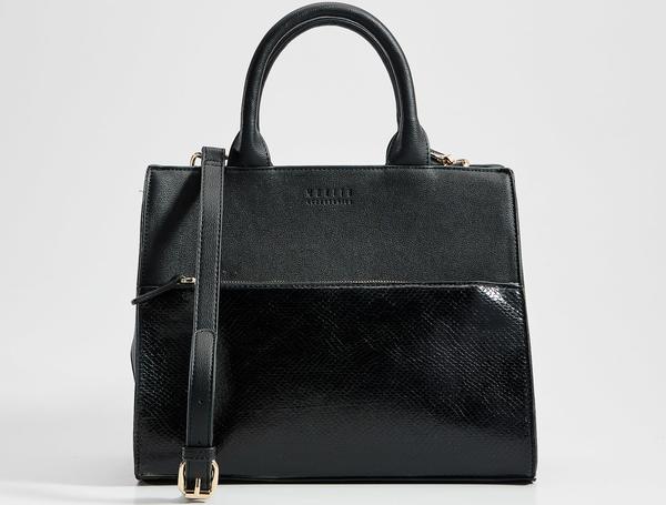 Czarna torebka Mohito matowa do ręki