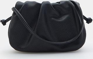 Czarna torebka Mohito na ramię