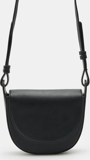 Czarna torebka Sinsay matowa na ramię ze skóry