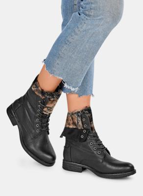 Czarne botki DeeZee sznurowane w stylu casual z płaską podeszwą