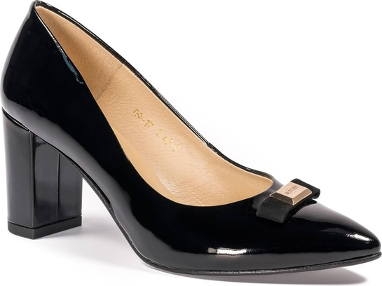 Czarne czółenka Nescior na słupku ze skóry w stylu glamour
