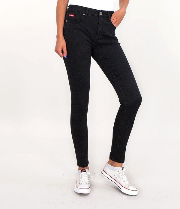 Czarne jeansy Lee Cooper z jeansu w street stylu