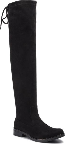 Czarne kozaki Caprice z płaską podeszwą