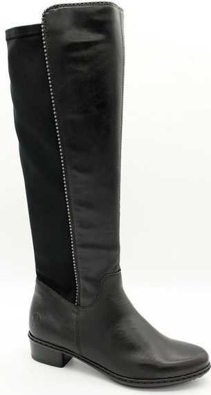 Czarne kozaki Rieker w stylu casual z płaską podeszwą
